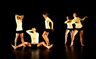 """""""Flickorna från Avignon"""" Balance - vinnande bidrag"""
