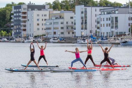 SUP i Göteborg. SUP Yoga utbildning. SUP Yoga i Göteborg.