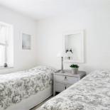 Sovrum 2, 2x90 säng, lilla huset