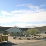 Fasadrenovering, nya uteplatser och grönområde