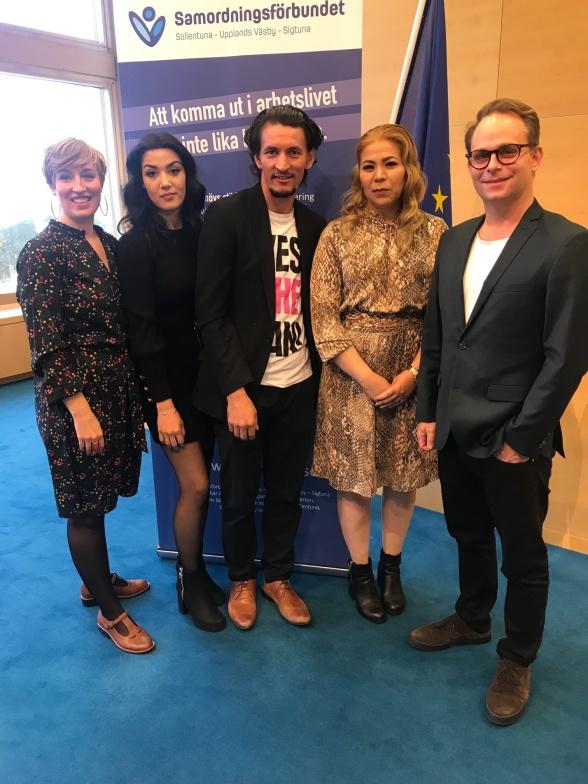På frukostmötet om jämställd etablering  medverkade Joanna Olin, Nuriyeh Sarvari, Juma Lomani  och Zahra Hosseini. Här på bilden tillsammans med samordningsförbundets ordförande Henrik Thureson.