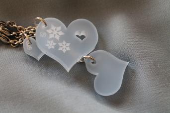 Hjerte x3 med iskrystaller