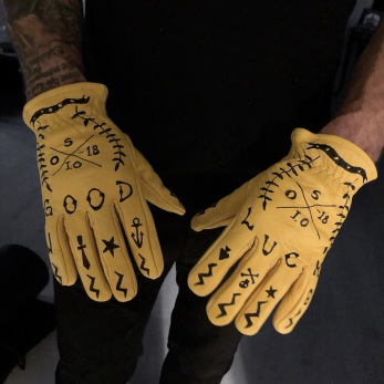 Good Luck leather gloves
