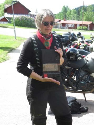 …......och här spelade Birgitta Dahl upp härliga och mysiga fioltoner på sin bandspelare. Detta var inspelat från ett konsertprogram och Birgitta var själv med och spelade