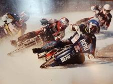 Mot världsmästartitteln 2002. Sista heatet vid avslutningstävlingen i Inzell