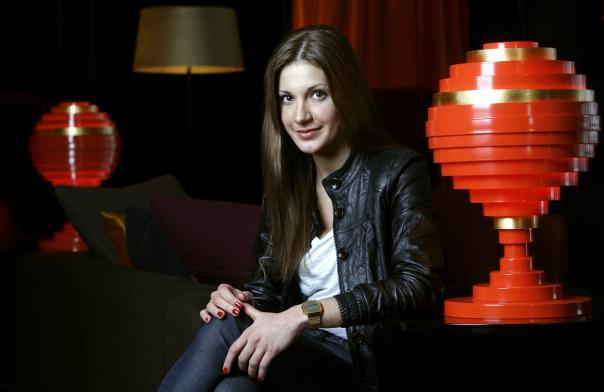 Nina Zinjani, skådespelerska.