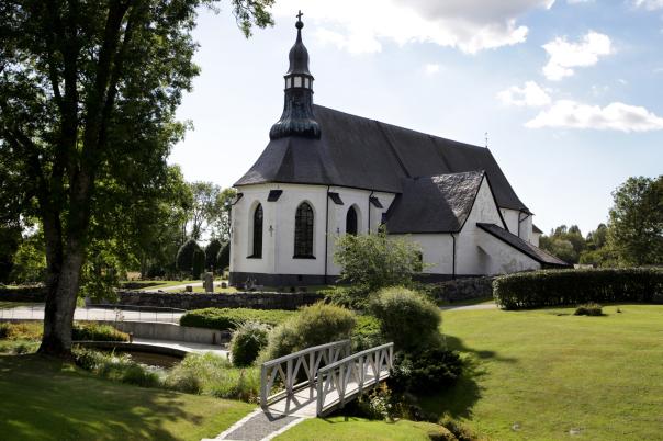 Österåkers kyrka, årstider / Svenska kyrkan.