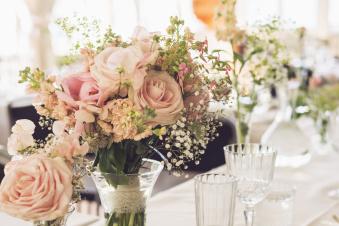 blommor, bröllop, blomsterdekoration, dukning, dekoration, dukningstips, dukningsinspiration