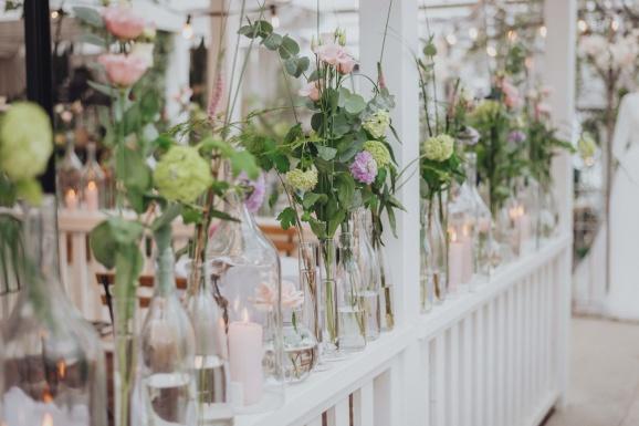 bröllopsdekor, bröllopstips, bröllopsinspiration. blomdekor, bröllop, blommor, tips, inspiration, blomsterhusets bindericentral