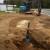 Botten på dammen isoleras för att inte bli nerkyld underifrån