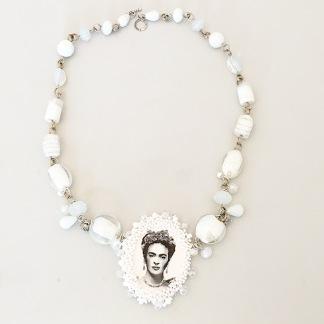 Halsband Frida Pure -