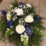 Låg dekoration i vitt & blått