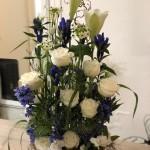 Stående parallell dekoration i klassiskt vitt/blått
