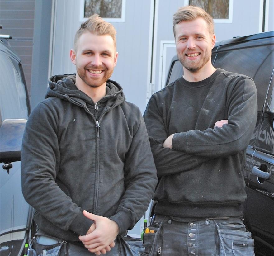 Välkommen till Jacobsen Bygg & Interiör hälsar Dennis & Johan!