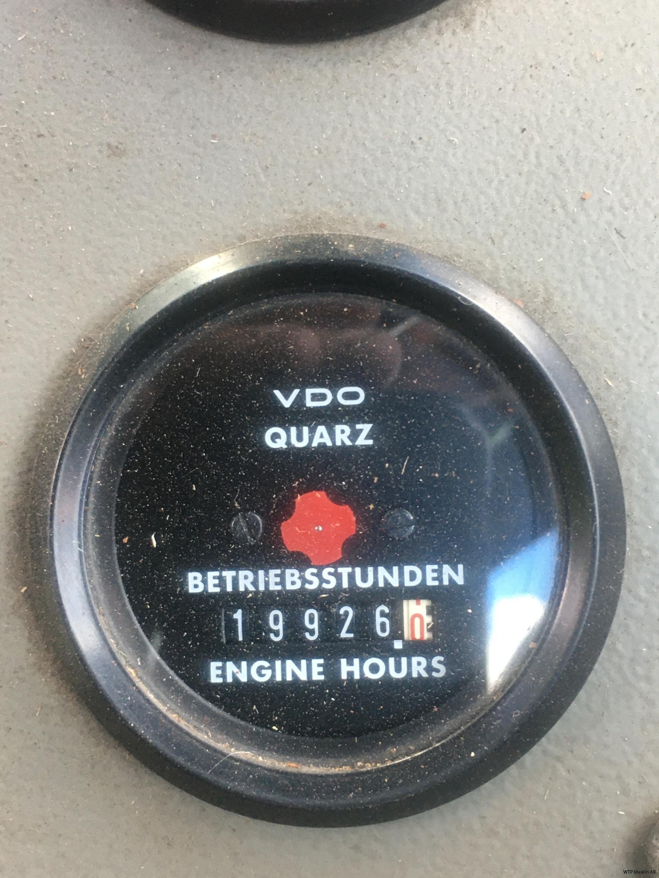 IMG-2555