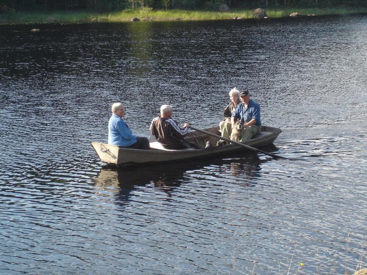 Arne,Ann-Britt,Viola och Erik på väg till 2013 års första torpcirkelutflykt