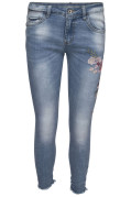 Chica London Broderade Jeans