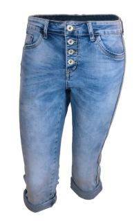 Chica London Capris shorts med blingrevär - S