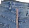 Chica London Jeans med rosa nitrevär