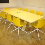 Wide Konferensgrupp Arper Catifa 46 klädda begagnade designmöbler (3)