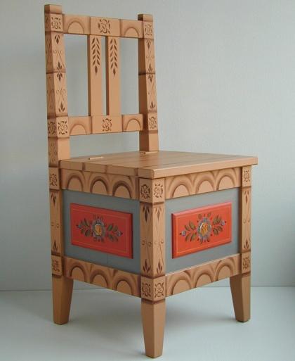 Höstol Tornedalens allmogemåleri /  Hay chair folk art painting Torne Valley style