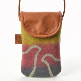 """""""Giron"""" Mobilväska att hänga runt halsen eller att bära som en axelväska /  Mobile phone bag to hang around your neck or carry as a shoulder bag"""