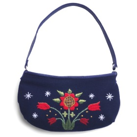 "Handväska ""Vinterblomma"" i ull /  Hand bag "" Winter flower"" in wool"