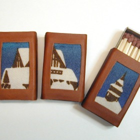 """Kiruna kyrka"", tändsticksaskar renskinn och hanrtryckt ull / ""Kiruna church""  Box of matches in reindeer leather and wool"