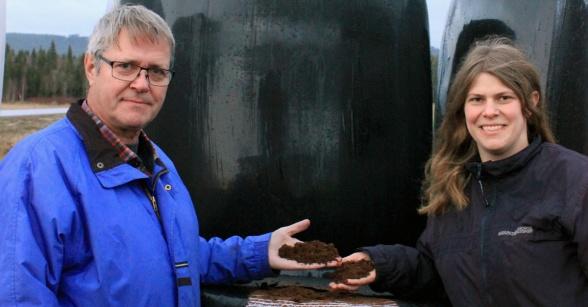 Sverker Johansson och Viola Sverkersdotter. Foto: Lina Sverkersdotter