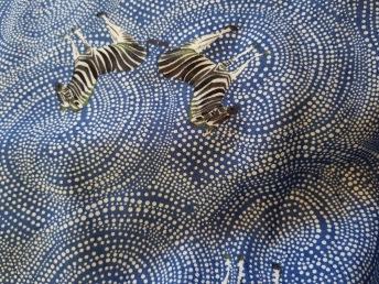 Blå viskos med zebror