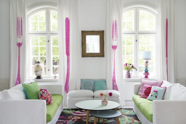 Ett av Charlottes och Philippes vardagsrum