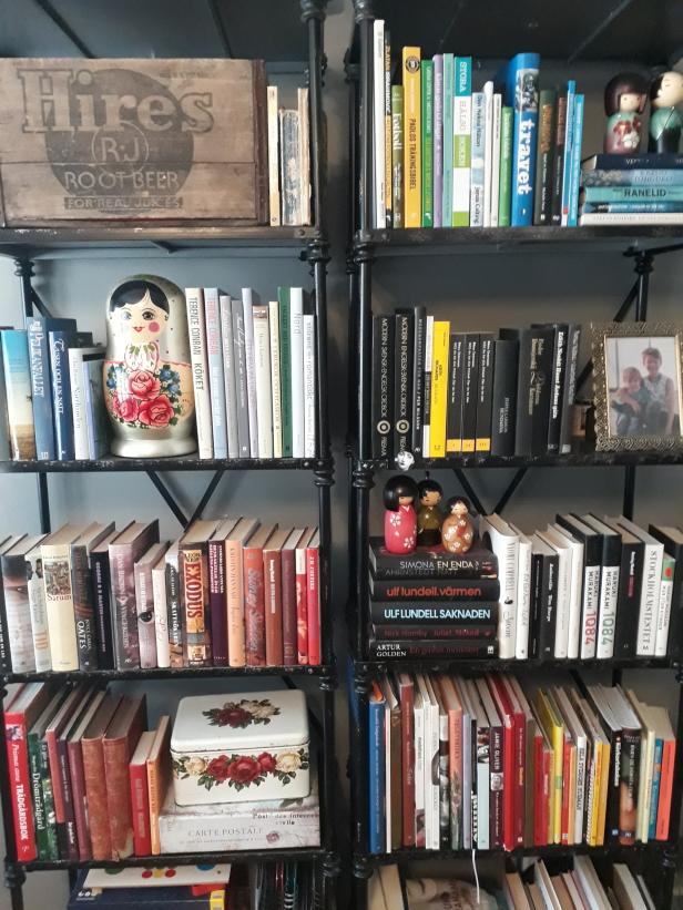 Lite gott och blandat i vår bokhylla.