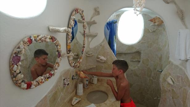 Ett av badrummen...