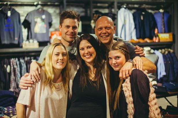 Jag och mitt dreamteam på Stajlish vid öppning 2014. Joakim, Zach. Jensine, jag och Matilda