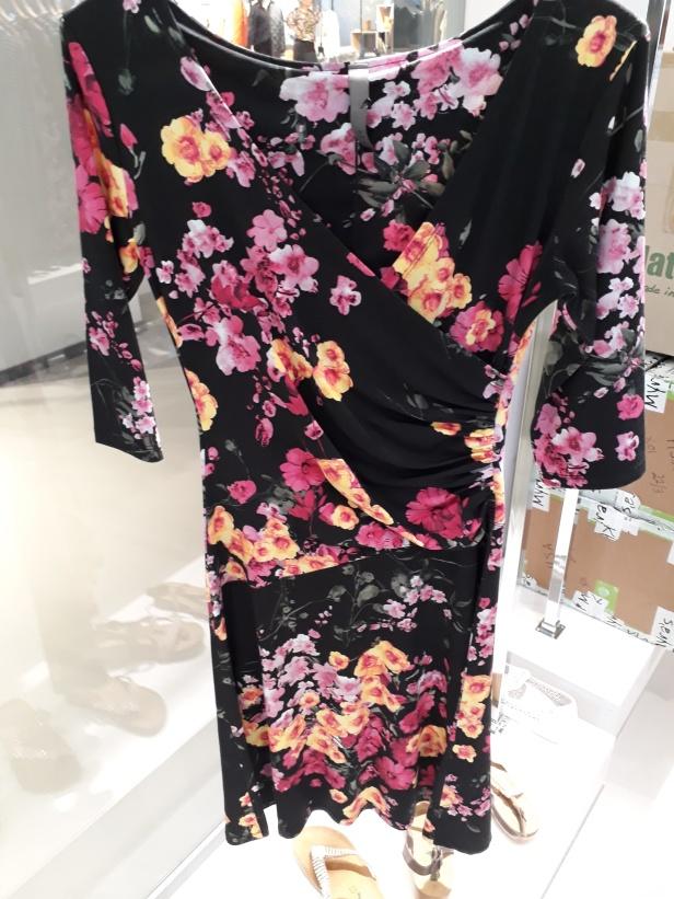 Här är en annan vacker Klaes & Myra klänning som jag fotade hos Helena Simeonsson Agentur när jag var där senast!