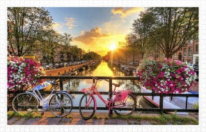 Pinto Pussel - Beautiful Sunrice Over Amsterdam -
