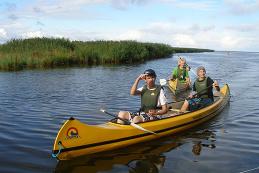 Hyr och paddla kanot på Gotland