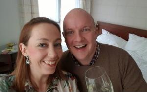 På min 40-årsdag överraskade Patrik med en resa till Polen. Sex dagar tidigare hade vi fått veta att jag var gravid. Nu väntade vi på ett ultraljud.