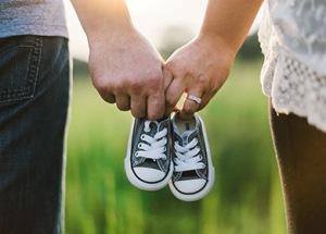 Idag är det ofrivilligt barnlösas dag. Den infaller alltid dagen innan mors dag, men borde även infalla dagen innan fars dag.