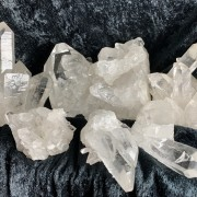 Bergkristallkluster 221-240 gr