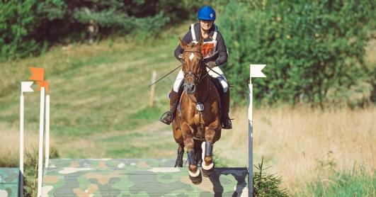 Hästtäcke från Hööks på fälttävlanshäst