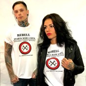 Rebell Tshirt Starts with a kick unisex