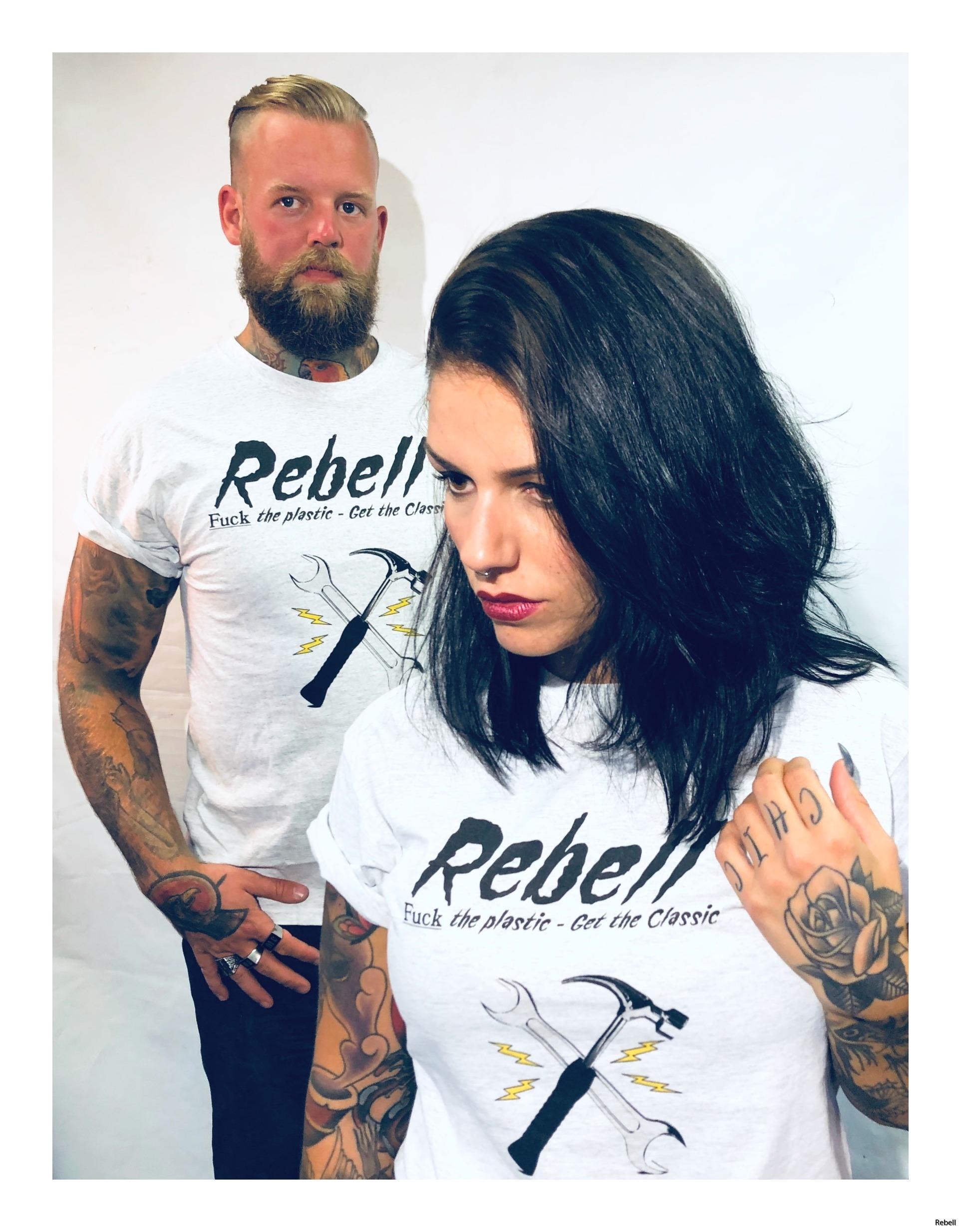 fucktheplastic gettheclassic rebell rebellclothes engine motor tshirt rebellclothes rebellskövde design cars motorcycle verktyg