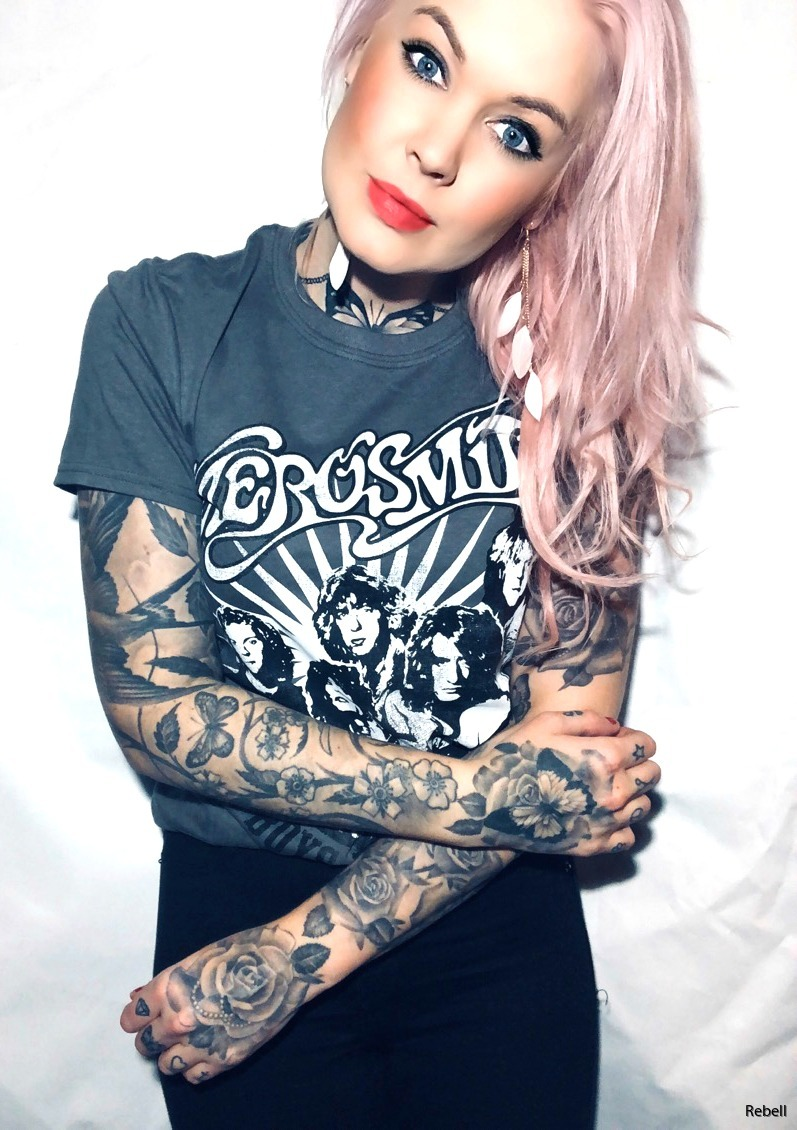 Aerosmith punk hardrock oi inspo tattoo girl tshirt rockabilly musik