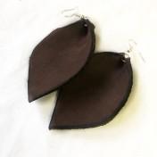 rebell örhänge bruna utan mönster svart kant läder