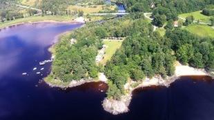 Om lägerskola & kursgård Kalvs skolhus i Västergötland, nära gränsen till Småland och Halland