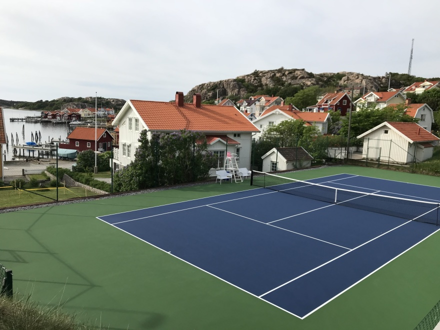 Vår helt nya hardcourt tennisbana från GreenSet, störst på ATP-touren.