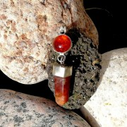 Amber with red rabbit quartzcrystal in 925 silver