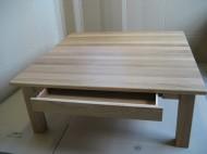 Soffbord i ek med låda