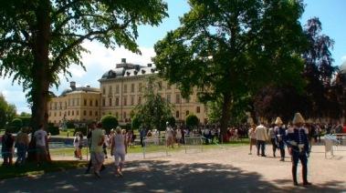 Bilden är ifrån Drottningholm, Ekerö där Kungen och Drottningen bor.